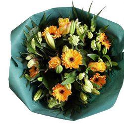 Bloemen bezorgen in Den Haag, geel-wit boeket