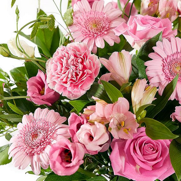 Mixed bouquet of pink flowers for delivery in The Hague