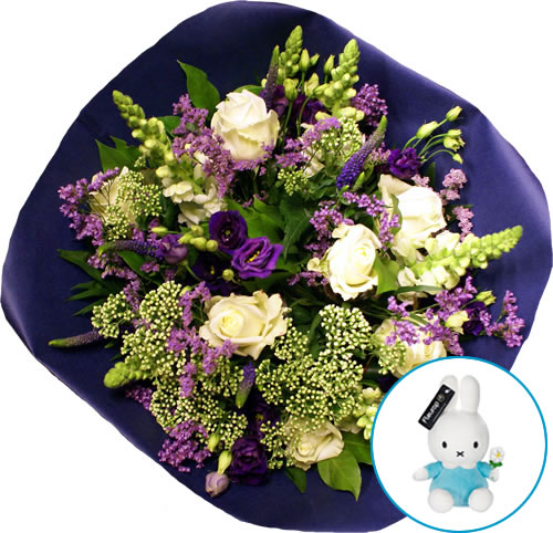 A bleu-white bouquet for the new parents and Miffy for the baby