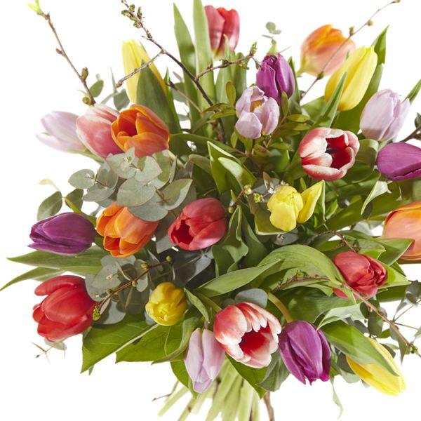 Vrolijk boeket tulpen, tulpenboeket