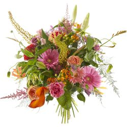Luxury and bright bouquet with the sense of sweet temptation