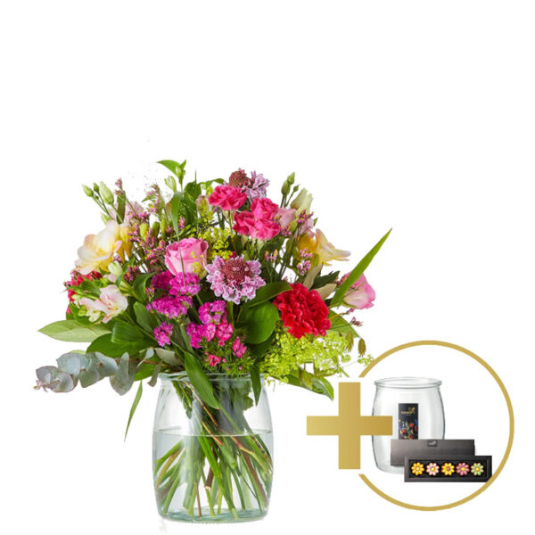 Gift bouquet arranged in a vase | Including chocolate
